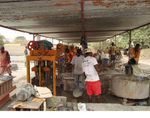 The Nigeria customer ′s block making factory from 2010 Year.