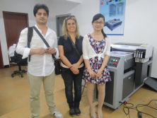 Two clients from Italian to view our uv printer and solvent printer