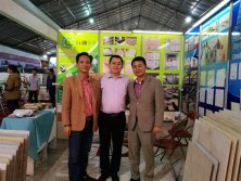 Vietnam Customers visit our booth