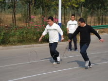 sports meeting- hoop rolling race