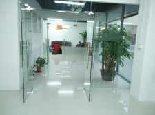 Queenswing oversea sales department office