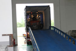 Loading Containers for Rubber Tracks
