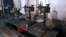 drilling hole machine