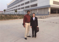USA customer visits our factory