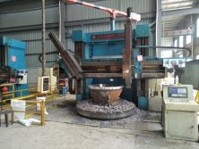 Cone crusher machining workshop