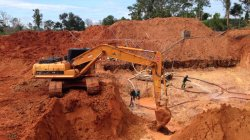 Lovol excavator working in Brazil