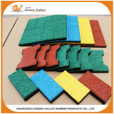 Rubber pavers for walkway