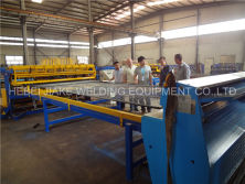 Russia customer visit fence mesh welding machine