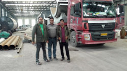 Customers comming our facatory for tyre pyrolysis plants