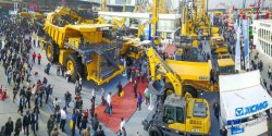 XCMG participate in international construction machinery exhibition
