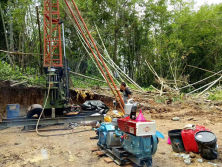 HF-4T Core Drilling Rig In Work Site.