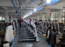 Assembling production line of treadmill