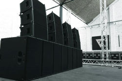 Sanway VR10 and S30 Active Line Array System in Germany