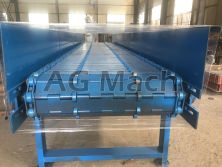 log discharging conveyor