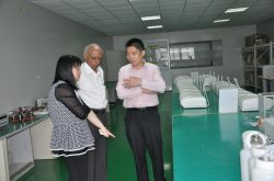 Indian customers to visit factory-4