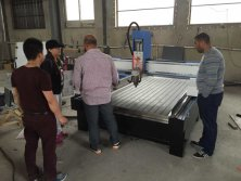 Egypt customer visit our old cnc router facotry on March , 2015