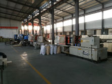 Injection plastic equipment