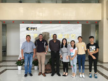 New customer′s visit to our company