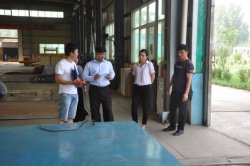 Bangladesh clients visited and checked our factory