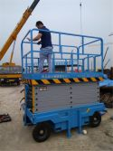 Russia Customer is using the scissor lift in their factory