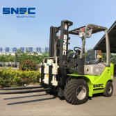 SNSC FD18 1.8 T Forklift with Rotator to New Zealand