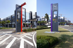 Outdoor LED Pylon Signage
