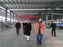 Saudi Arabia customer visiting our factory