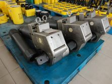 Hydraulic Wrench & Hydraulic Cyinder