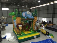 Inflatable jungle bouncer