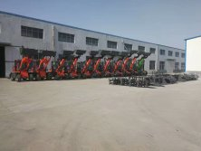 Telescopic loader wait for inspecting !