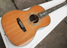 "Solid Spruce Top 000 Style 39"" Classic Acoustic Guitar with Fishman EQ"