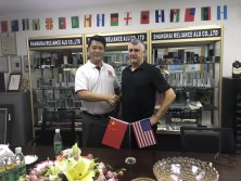 Welcome USA customer visiting Happy Room