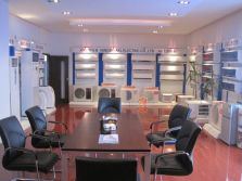 show room-3
