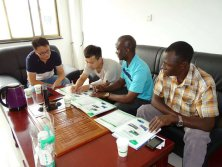 Customers from Uganda visit the factory