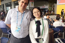 With client at the Canton fair