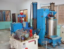 hydrostatic forming machine