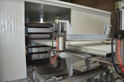 PU Sandwich Panel Production