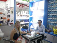 customer discuss on canton fair 2017