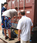 Customers From Europe come to factory take delivery check goods