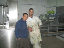 The technician-Mr.Huonie Huang installed the machine in Algeria