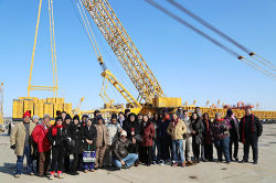 The Seminar Participants Visit XCMG Hoisting Machinery Sector