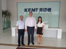 Photo with Belarusian customer in KEMT company