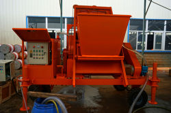 Foam concrete machine for making sound insulation wall