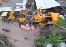 Pully Truck Mounted Concrete Batch Pump Custruction Of Road
