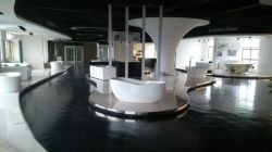Showroom for bathtub