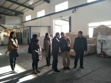 Iran customer visit the A5 and Glazing powder factory.