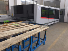 4000W CNC MACHINES FOR MAKING METAL CABINETS