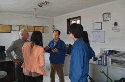 customer visit our factory2