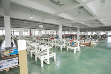 Qingdao Zhongkang Printing and Packaging Machinery Co., Ltd.