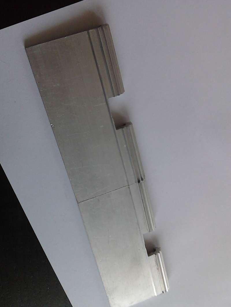 Garage door hinge for wicket hige for sectional small door 2 5m length